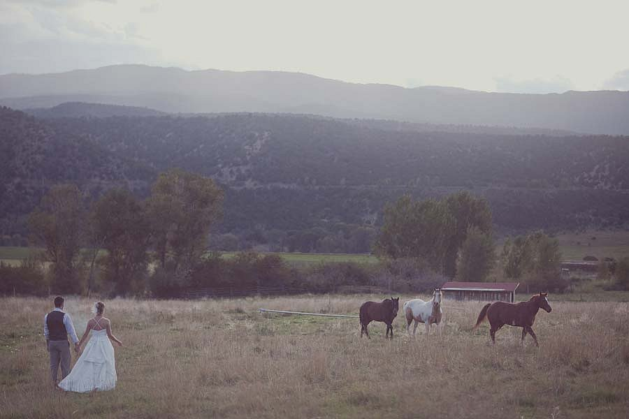 colorado-barn-wedding-122-1.jpg